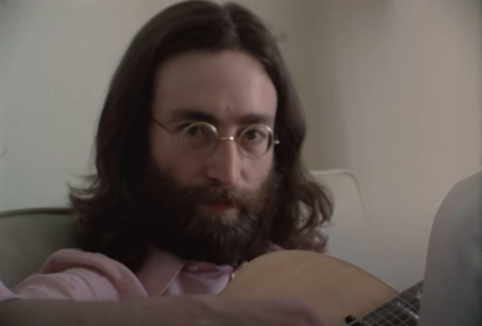 Lennon zkouší Give Peace a Chance