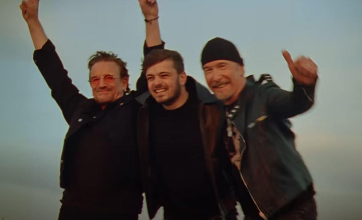 Fotbalová novinka a U2