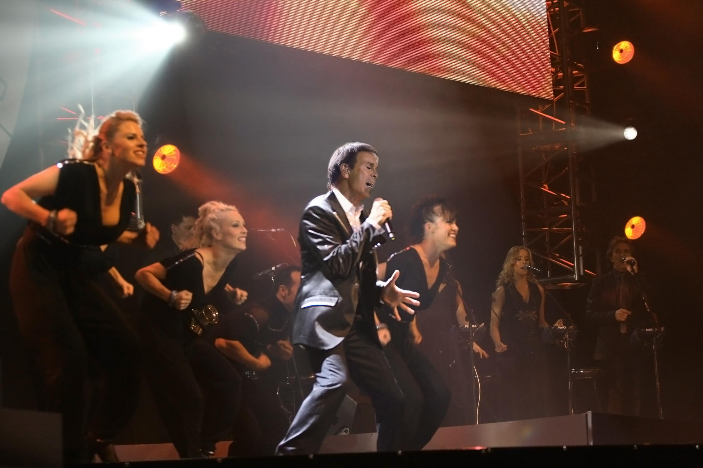 Cliff Richard oslaví jubileum v kinech